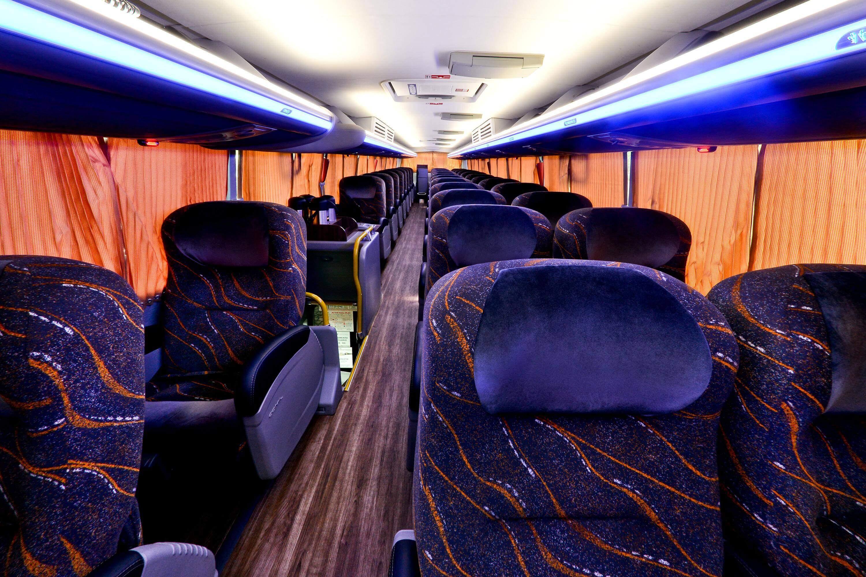 Ônibus 2018 - Foto 3