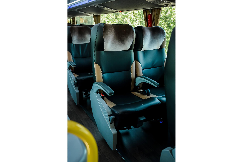 Ônibus 2023 - Foto 41